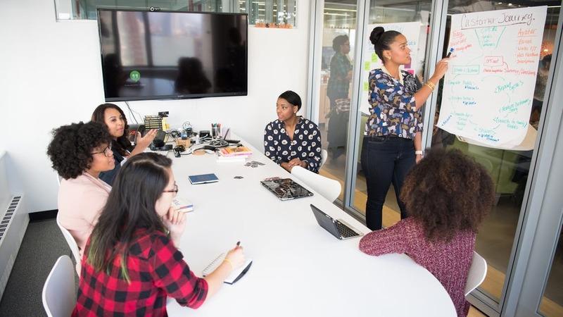 Weiterbildung 4.0: Wie Arbeitnehmer mit der Digitalisierung Schritt halten